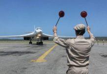 Foto: Cortesía Cancillería Venezolana - Muestra la llegada de uno de los dos aviones Tu-160 de la Fuerza Aérea rusa